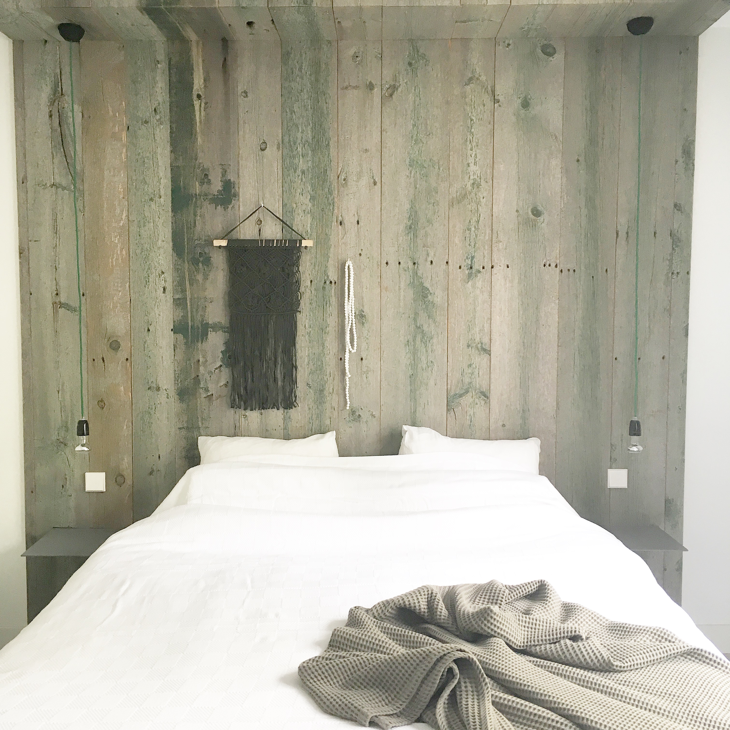 slaapkamer wandbekleding barnwood painted - Robuust Maatwerk